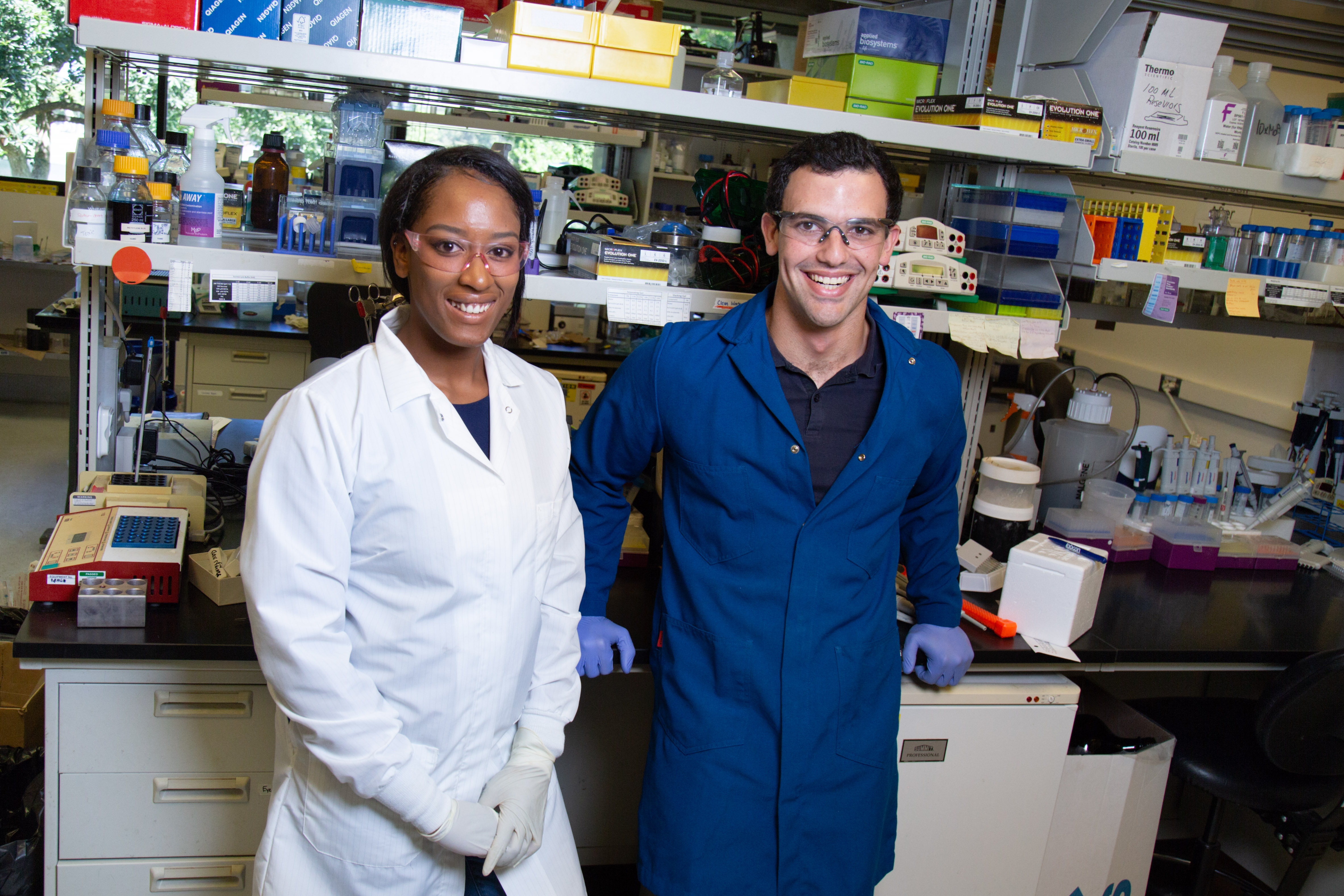 Tayler Smith and Leib Lipowsky stand in the lab. David Slipher/UC Davis