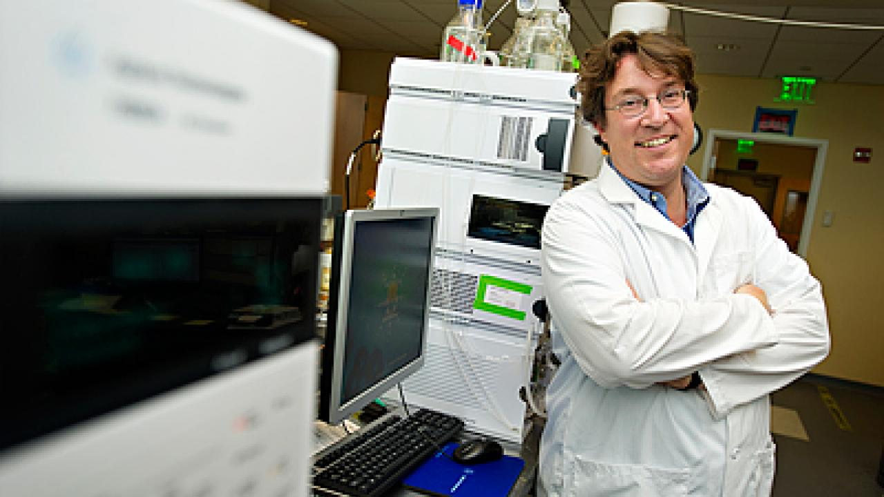 Despite decades of warnings about smoking, lung cancer is still the second-most common cancer and the leading cause of death from cancer in the U.S. Patients are often diagnosed only when their disease is already at an advanced stage and hard to treat. Researchers at the West Coast Metabolomics Center at UC Davis are trying to change that, by identifying biomarkers that could be the basis of early tests for lung cancer.